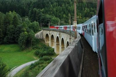 オーストリア 世界遺産 ゼンメリンク鉄道 写真