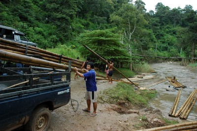 45banbu-rafting4.JPG