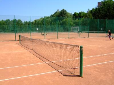 ro-tennis1.JPG