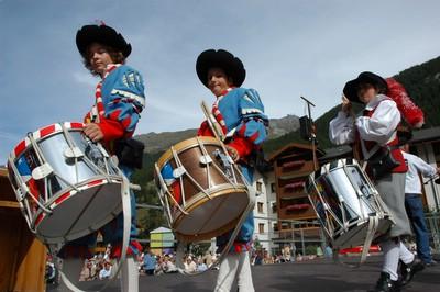 スイス ツェルマット 祭り